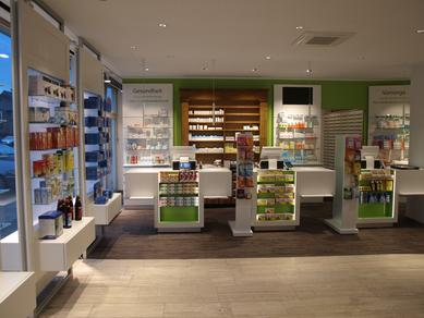 "The ""3-Königen-Apotheke"", a chemist's shop in the Cologne district of Rondorf, was redesigned as a particularly ""healthy and sustainable space"" according to the greenday® requirements. Pfleiderer's wood-based panels played a decisive role."
