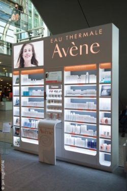 "Photo: display solution ""Avène"" at EuroCIS 2016; © Jan Vogl/POPAI"