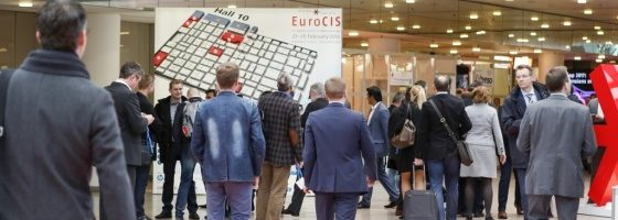 Foto: Trade fair visitors ; ctillmann/Messe Düsseldorf