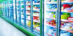 Foto: Refrigeration equipment in a supermarket; copyright: Fotolia