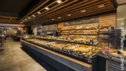 Photo: bakery with a modern shop design; copyright: AICHINGER GmbH