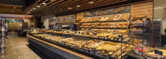 Photo: bakery with modern shop design; copyright: AICHINGER GmbH