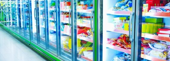 Photo: Refrigeration equipment in a supermarket; copyright: Fotolia